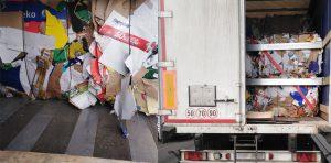 Nieprawidłowości przy przewozie ponad 22 ton odpadów (makulatura).